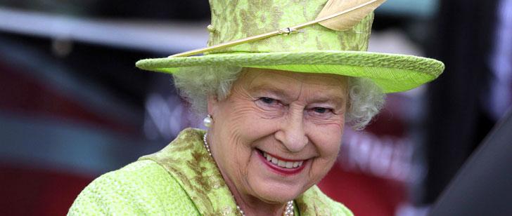 la reine d u0026 39 angleterre n u0026 39 a pas de passeport